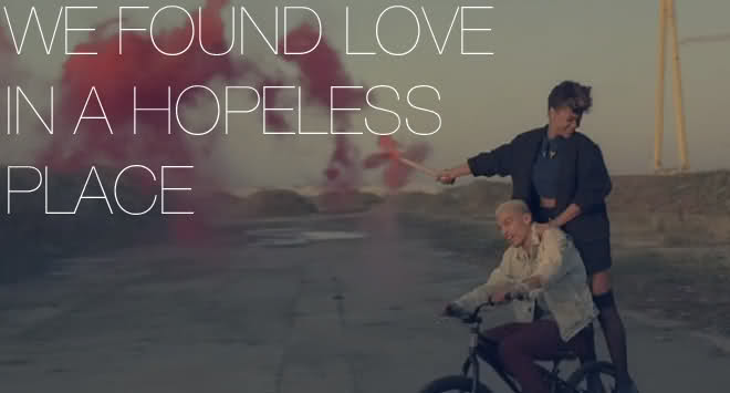 #ModernDating: Finding Love In A Hopeless Place