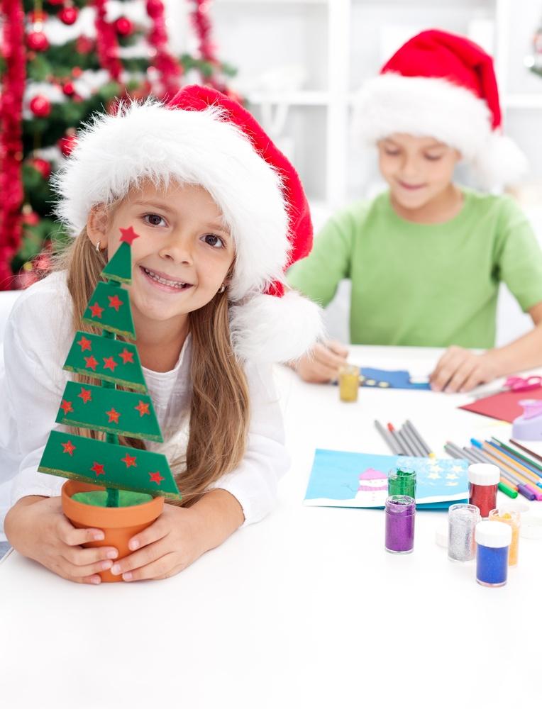 Что можно сделать семье на новый год своими руками